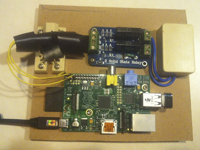 Garage Raspberry Pi and Relay